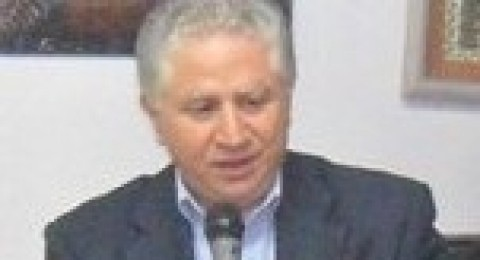 بروفيسور عزام نائباً لعميد كلية الطب في