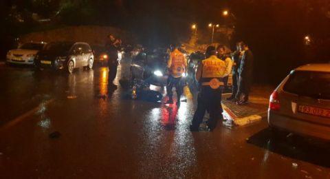 إصابة خطيرة لسائق بحادث طرق مروع على شارع 65 قرب الخضيرة