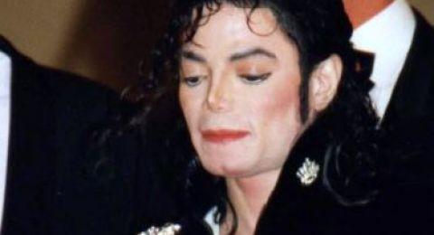 هل يعاد نبش جثة مايكل جاكسون؟