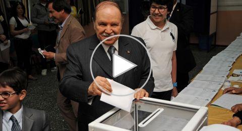 فيديو: الجزائريون يحتفلون في الشوارع بعد قرار بوتفليقة التراجع عن الترشح