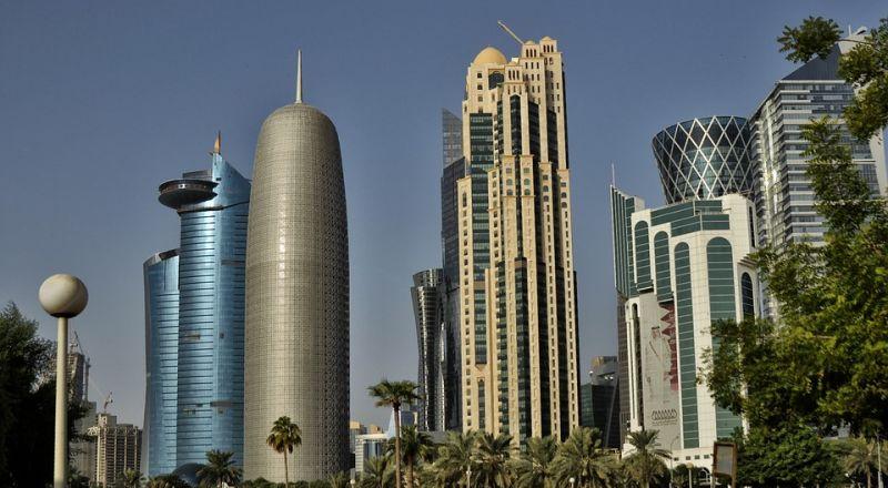 قطر تصدر قرارا بشأن إقامة الأجانب وتملكهم