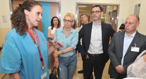 مدير عام وزارة الصحة في زيارة للمركز الطبي للجليل في نهاريا