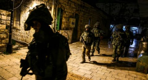 أبو ديس: 3 مقدسيين ألقوا عبوة ناسفة تجاه موقع عسكري