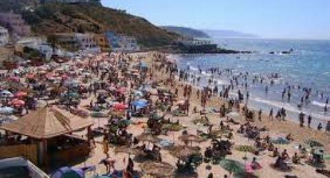 دولة أوروبية تعيد فتح الشواطئ.. و