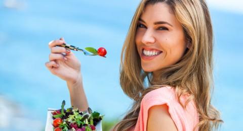 نظام غذائي لتستعيدي جسدك الصحي بعد العيد