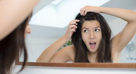 قشرة الشعر الموسمية... الأسباب والعلاج
