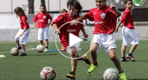 مؤمن (8 سنوات)، من فريق مجد الكروم إلى برشلونة