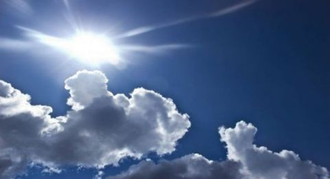 الطقس: الحرارة أعلى من معدلها وانخفاض ملموس غدا