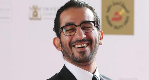 الفنان أحمد حلمي يحضر زفاف شبيهه