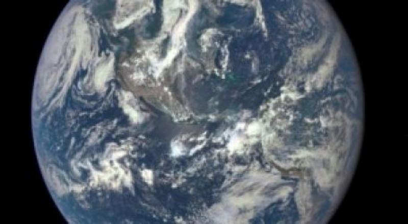كويكب جديد يمر قرب الأرض بسلام
