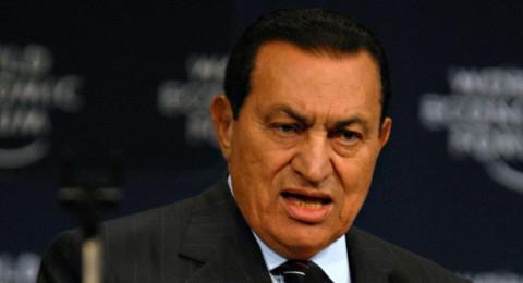 حسني مبارك يكشف عن