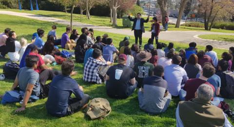عودة يواصل اللقاء مع الوفود الأجنبية ويلتقي طلابًا من جامعة هارڤارد