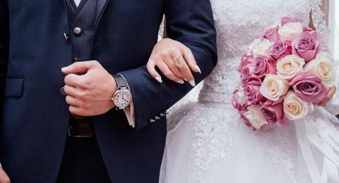تزوج امرأة 4 مرات وطلقها 3 طلقات في 37 يوماً