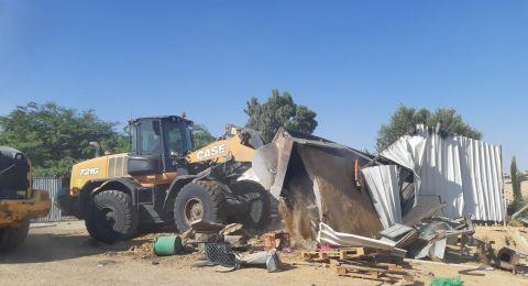 هدم آخر في النقب، ومدير سلطة توطين البدو: تجميد هدم البيوت بالأمس كان قرارًا تقنيًا منا