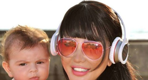جيني اسبير لابنتها: العدرا تحميكي يانوستي