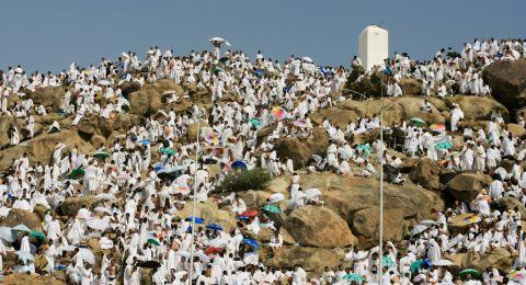 شاهد.. هطول الأمطار ينعش أجواء المشاعر المقدسة في مكة رغم التحذيرات
