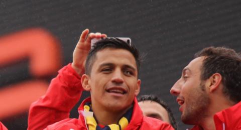 سانشيز يحبط مخطط مانشستر يونايتد للتخلص منه