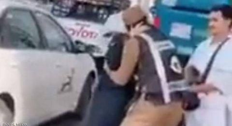 تحية عسكرية من رجل أمن سعودي لوالدته