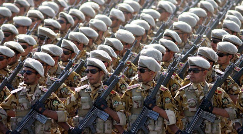 ايران: قادرون على احتجاز أي سفينة حتى لو كانت بمواكبة أمريكية أو بريطانية