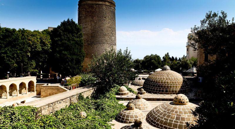 زيارة إلى مدينة باكو - لؤلؤة بحر قزوين