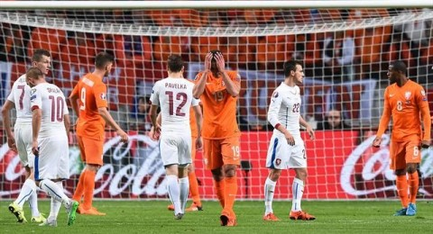 تركيا إلى يورو 2016 .. وهولندا تجر أذيال الخيبة