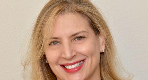 المحامية نافا سفيرسكي سوفير، تعزز الحضور النسوي من الدبلوماسيّة وحتى الفن والصحة