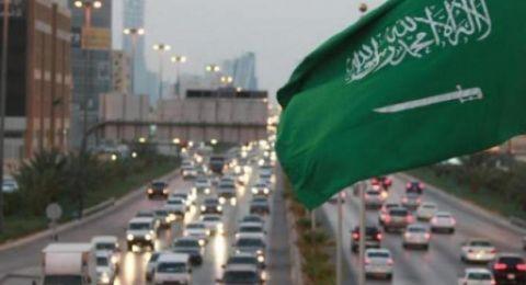 لأول مرة .. صحفي إسرائيلي يعد تقريرا من داخل السعودية