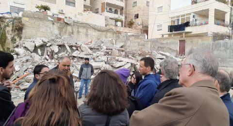 رؤساء بعثات دول الاتحاد الأوروبي يطلعون على الانتهاكات الاسرائيلية في العيسوية