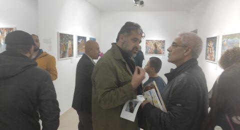 بحر بلا شيطان... معرض فني يجسد معاناة اللجوء من الشرق الأوسط وأفريقيا إلى أوروبا