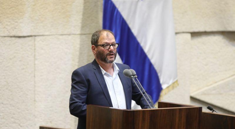 العنصري بن غفير يقدم شكوى للجنة الآداب ضد النائب عوفر كسيف بعد خطابه الأول في الكنيست