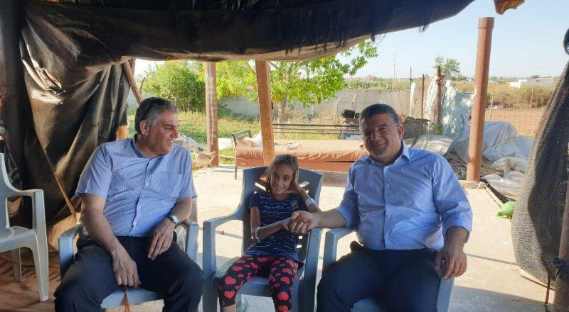 النائب جبارين يزور الطفلة فاطمة جمل بعد اصابتها برصاص العنف والجريمة