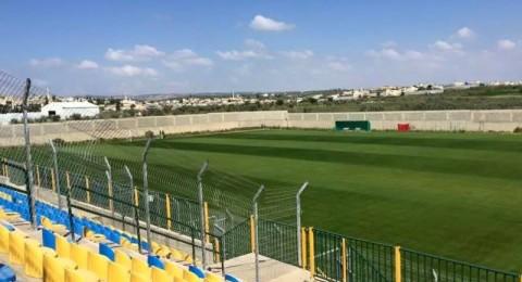 بلدية باقة : تحضير لبناء مدرج جديد ومظلة شمسية في الملعب البلدي