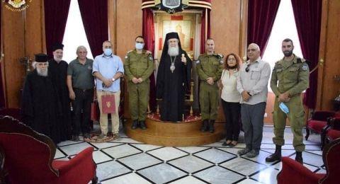 ماذا كان عنوان لقاء ثيوفيلوس الثالث، مع ضباط في الجيش الإسرائيلي.؟؟
