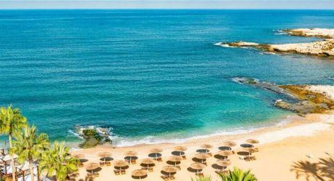 إذا كنت تريد ارتياد الشاطئ بزمن كورونا.. هذا التطبيق يدّلك على الأماكن الأقل ازدحاماً