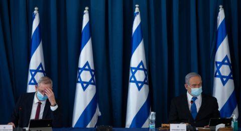 نتنياهو وغانتس يتبادلان الاتهامات بشأن تشديد إجراءات الإغلاق
