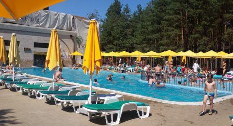 رغم اعتراض نتنياهو .. لجنة الكورونا تقرر إعادة فتح الصالات الرياضية وبرك السباحة