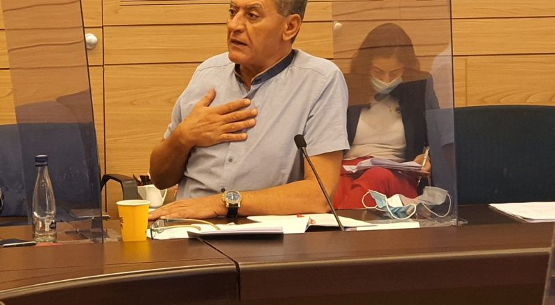 النائب جابر عساقلة يطلب بحث مستعجل حول ممارسات مراقبي التنظيم القمعية في بيت جن