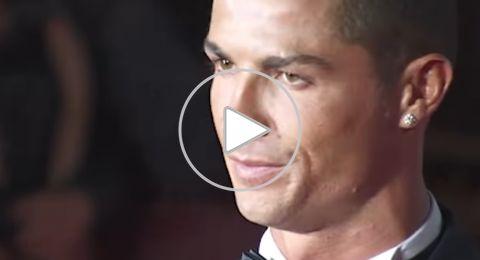 رونالدو يغني وسط تشجيع حار من الجمهور