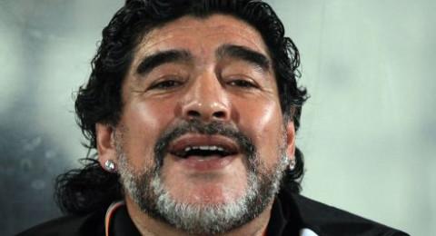 مارادونا يطالب بالعودة لتدريب الأرجنتين!