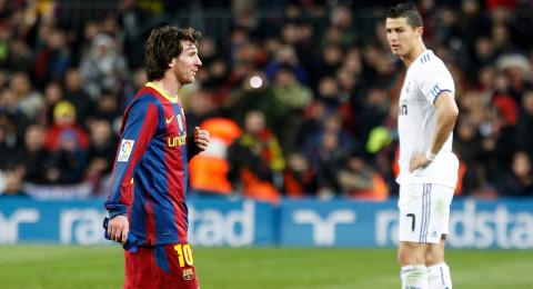 رونالدو يتصل بميسي: الكرة الذهبية لي!