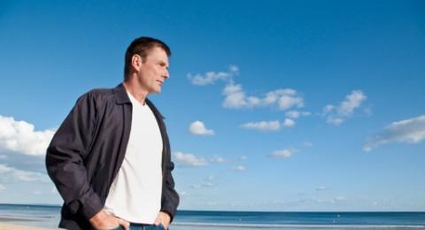 بحث: ليس بالركض وحده يصحّ الإنسان.. الوقوف أيضا مفيد للصحة