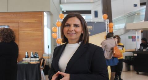 الوزيرة غمليئيلا تؤكد لبكرا: هناك عقبات امام المرأة العربية تمنعها من الاندماج في سوق الاعمال الحرة