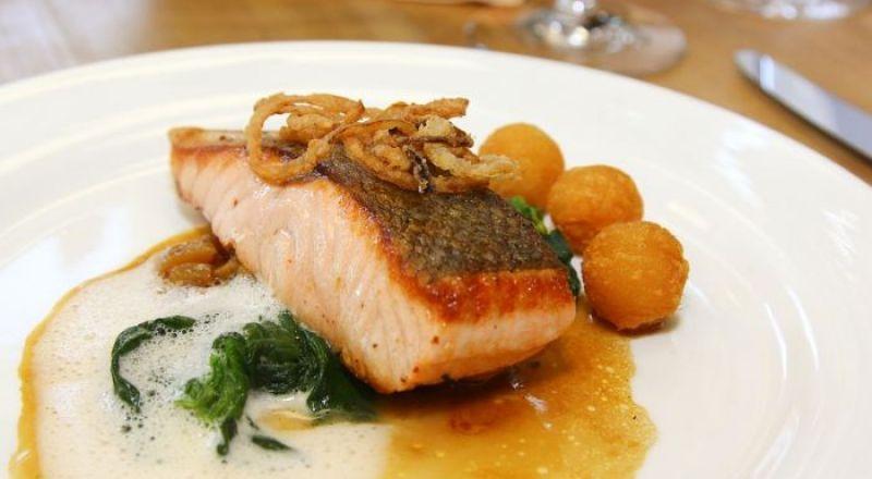 6 أمور تحدث لجسمك إذا تناولت الأسماك يوميًا!