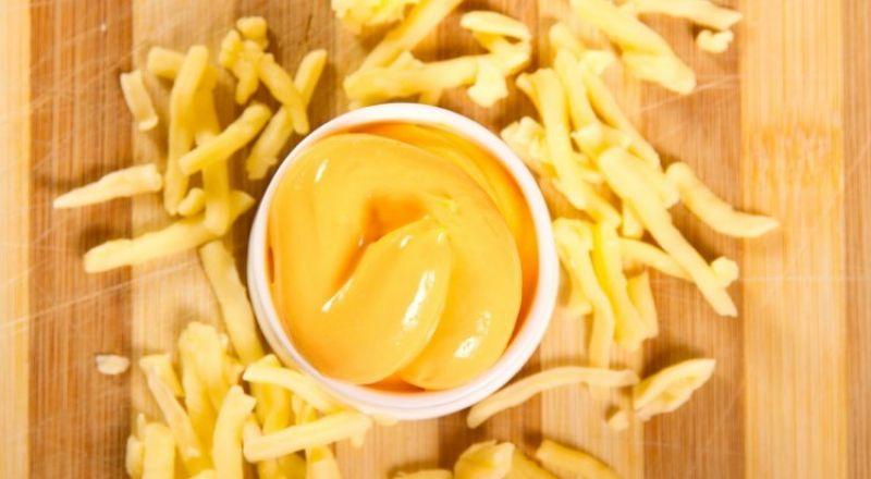 صوص الجبنة الشيدر للبطاطس