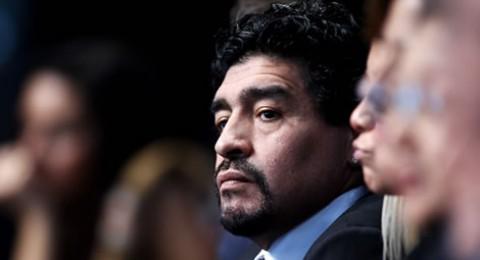مارادونا: ميسي سيحسم المباراة لمصلحة الأرجنتين