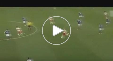 أجمل الأهداف العابرة للقارات في كرة القدم