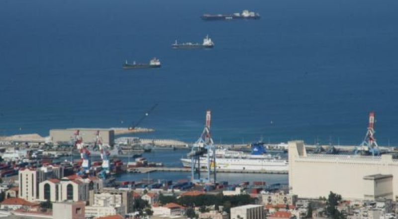 تقرير: شركات إماراتية تفاوض لشراء أسهم في ميناء حيفا