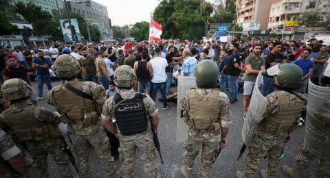 لبنان: 3 رؤساء حكومة سابقين يبدون تضامنهم مع الحريري