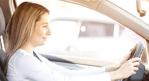 لقيادة آمنة أثناء الحمل.. اليكِ هذه النصائح