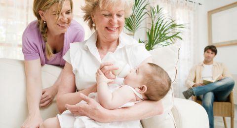 حيلة تكشف استراتيجية الجدات الناجحة في تنويم الأحفاد!